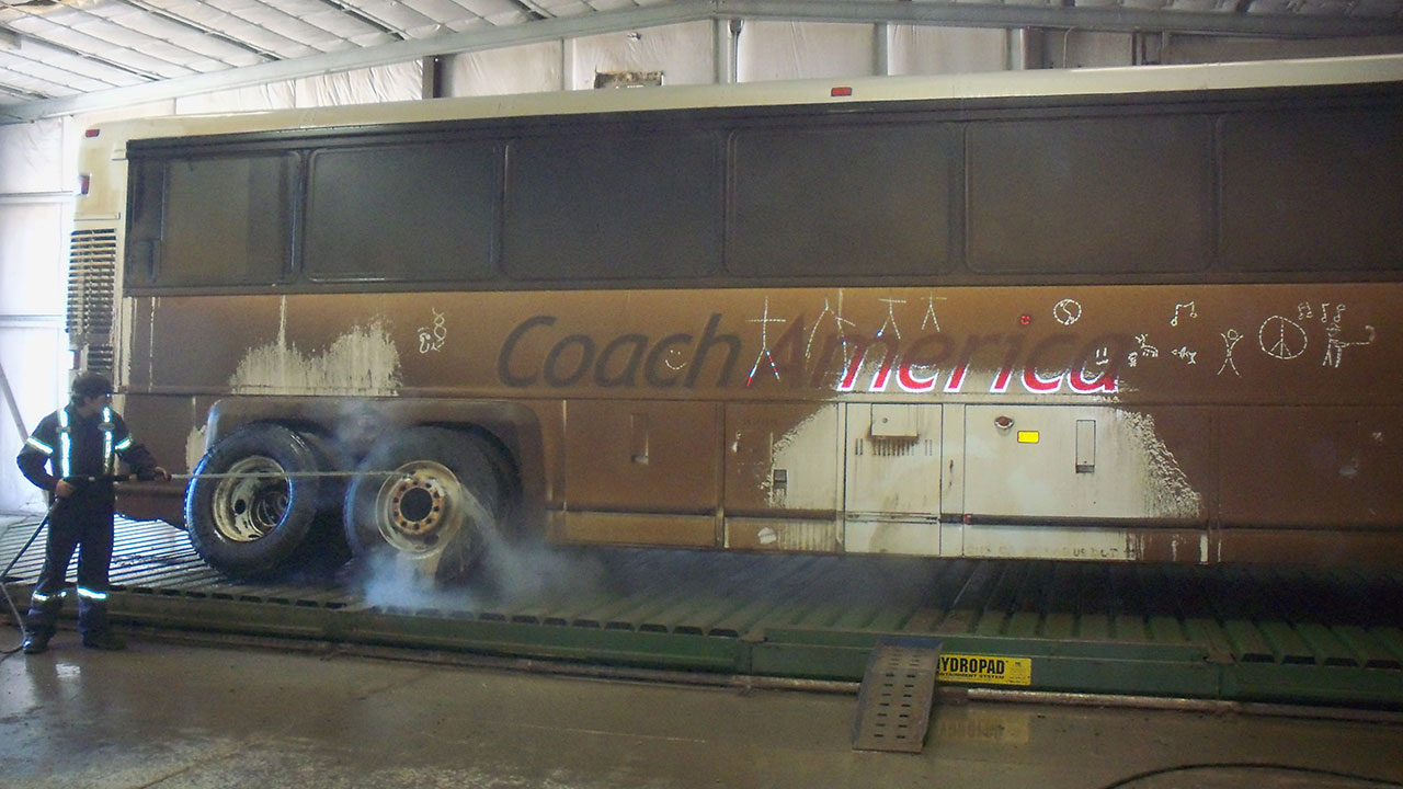 Bus washer